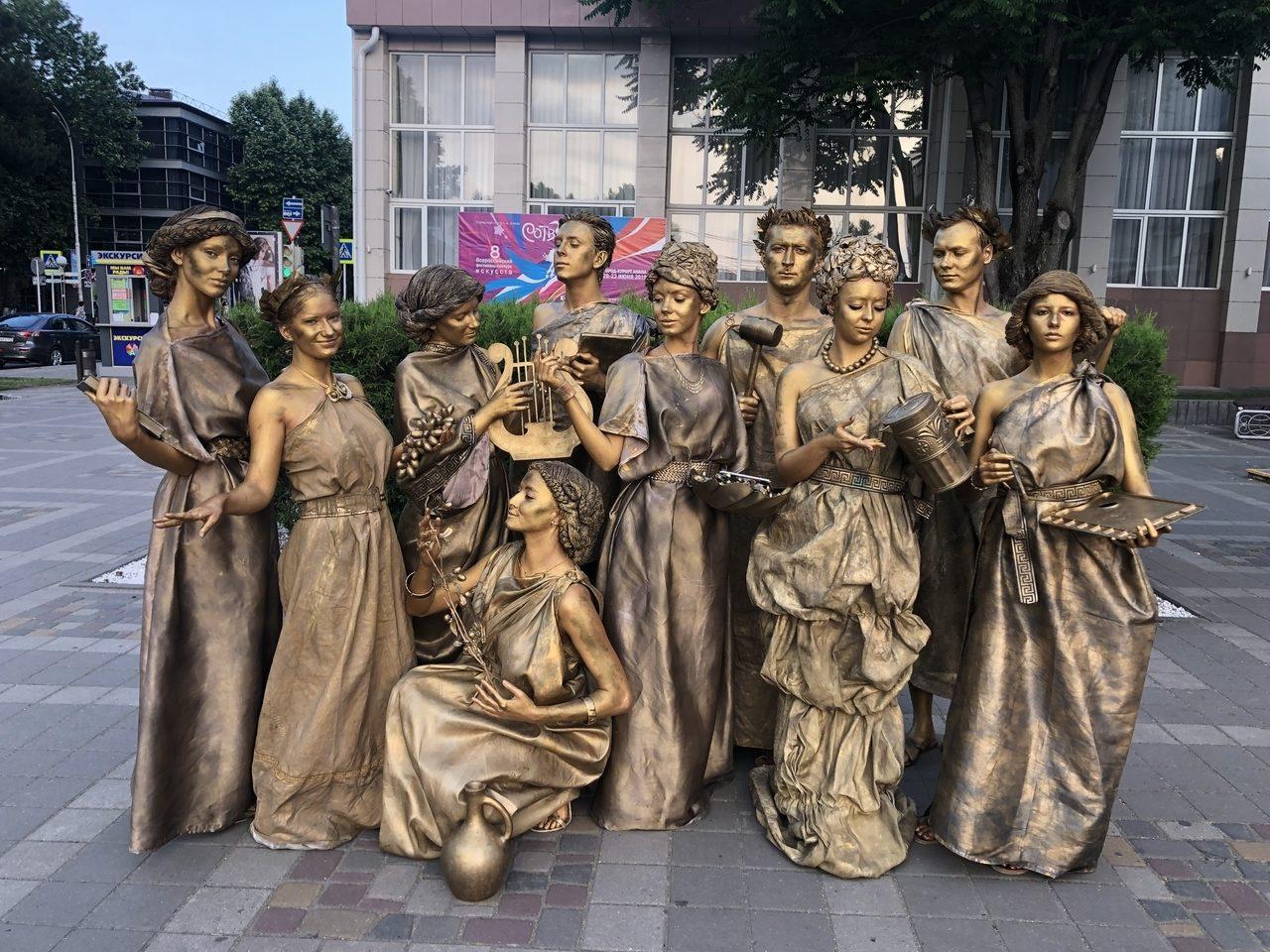 живые статуи фото средневековье продеус